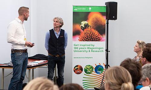 Stephan met Reint Jan Renes op de Vakconferentie Wetenschapscommunicatie